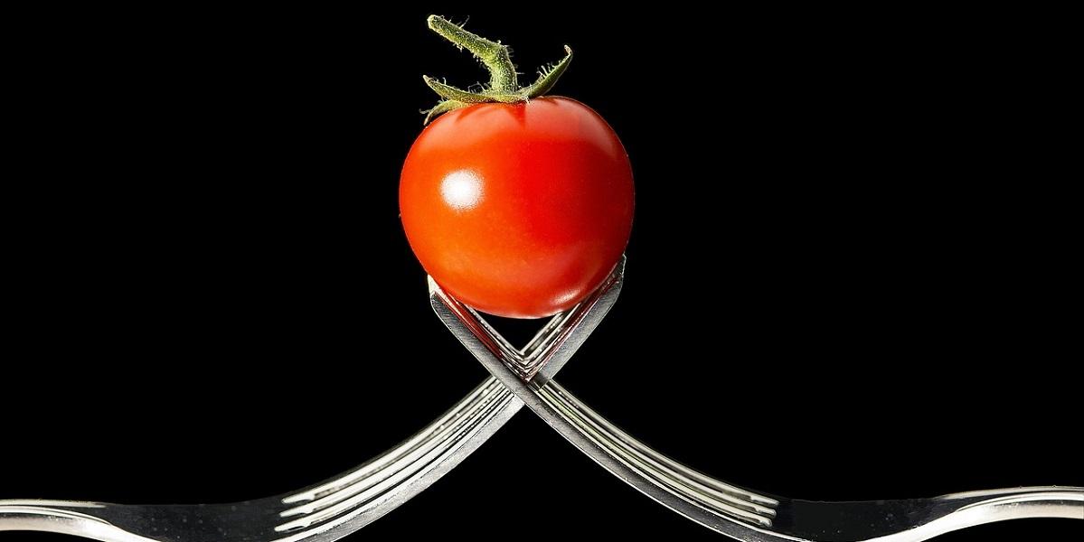 Япония, закон, ГМО, помидоры