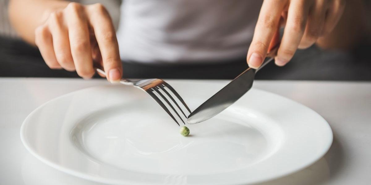 Петр Шелищ, Союз потребителей, пищевое расточительство, уменьшенная порция в ресторане