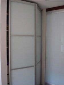 puerta plegable con cristal laminado