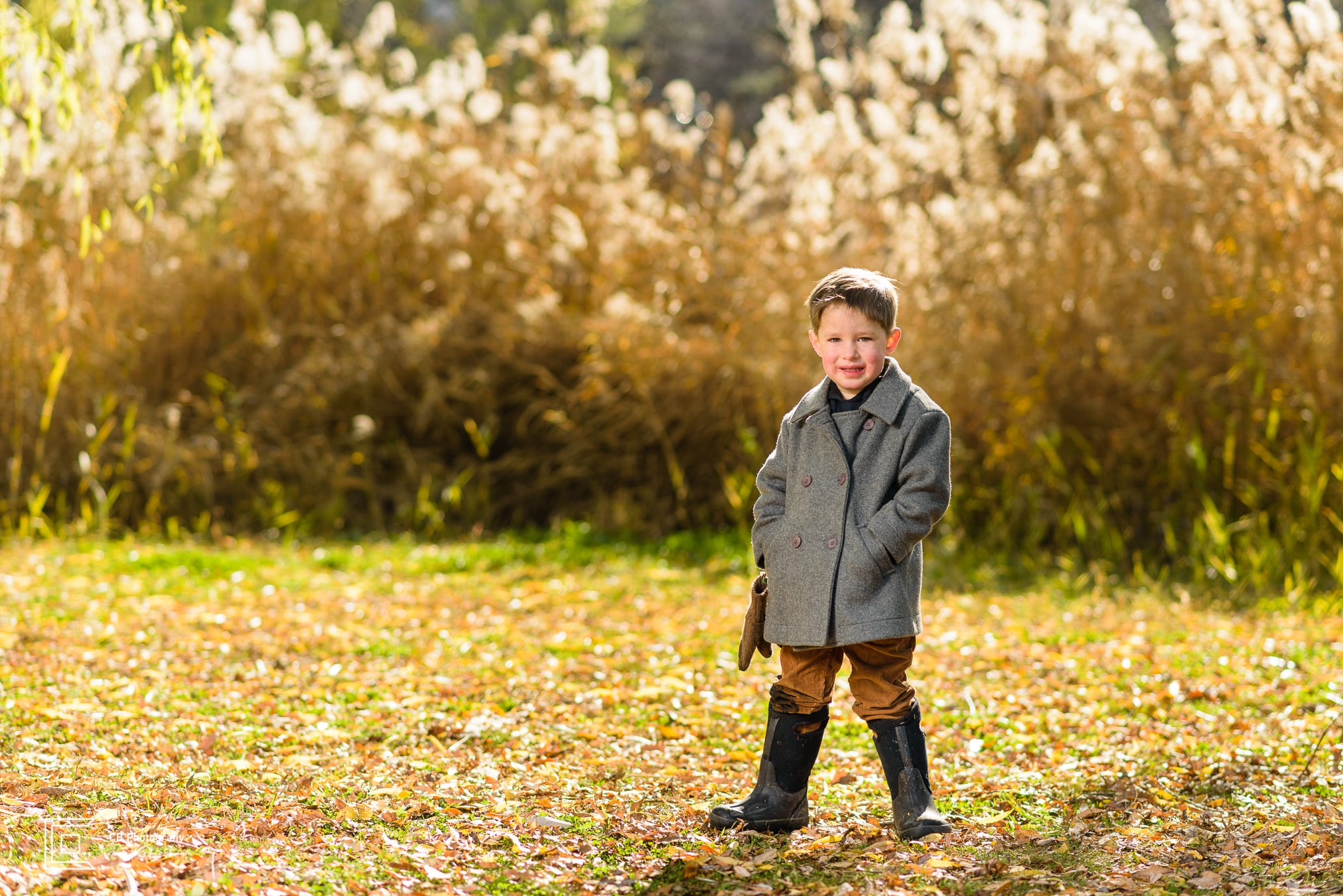 Child portrait taken during a family shoot by the Tokyo photographer Cristian Bucur