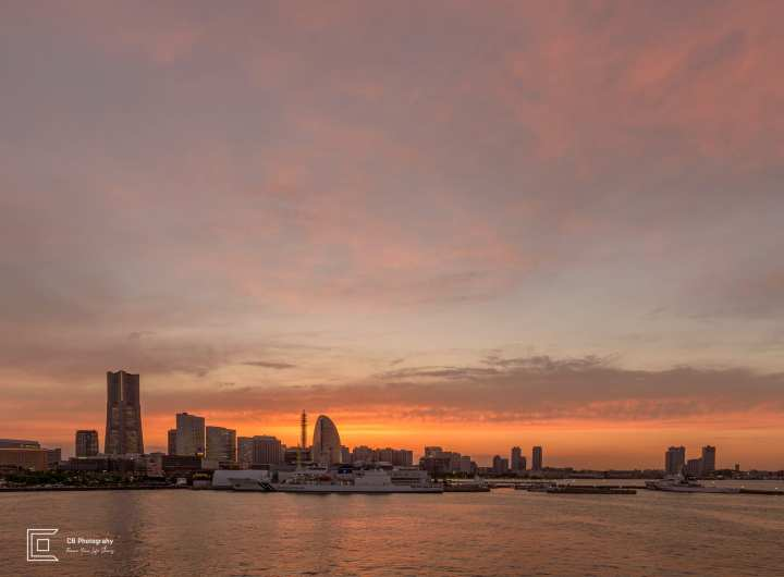 Sunset over Yokohama skyline