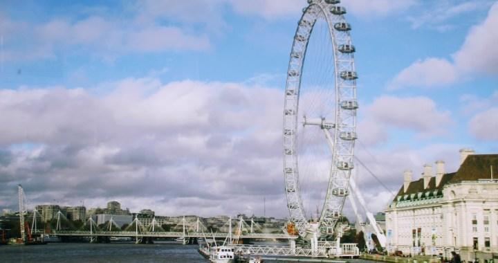 4 obiective turistice vazute de mine in Londra (,,povesti picante, la pachet,,)!