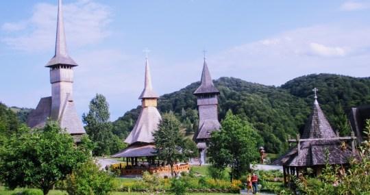 """Romania, asa cum e!"": Complexul monahal din Barsana"