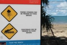 Praia na Austrália. Cairns Viagens pelo Mundo