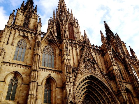 barcelona-cathedral-1527757_1280