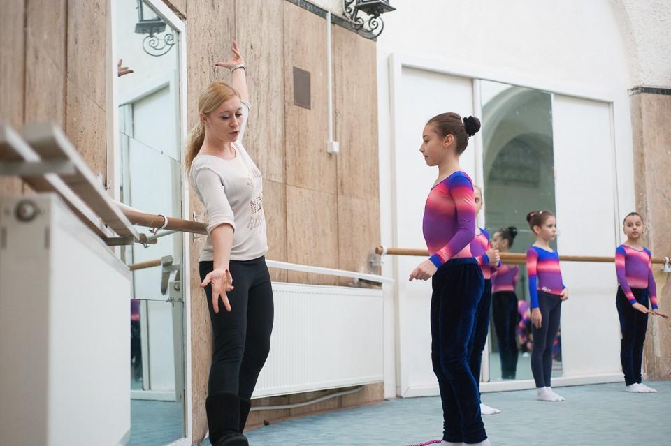 antrenament junioare gimnastica 44