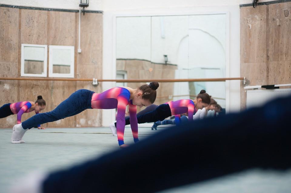 antrenament junioare gimnastica 8
