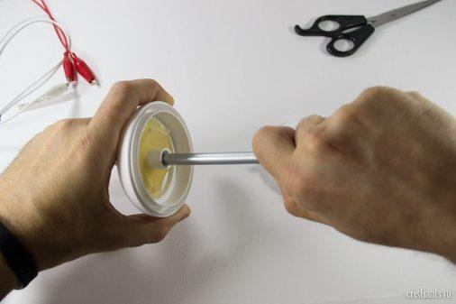 demonarea-deodorantului
