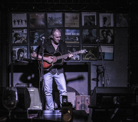 live-in-singapore-2016-at-barbershop-by-timbre-sg-8