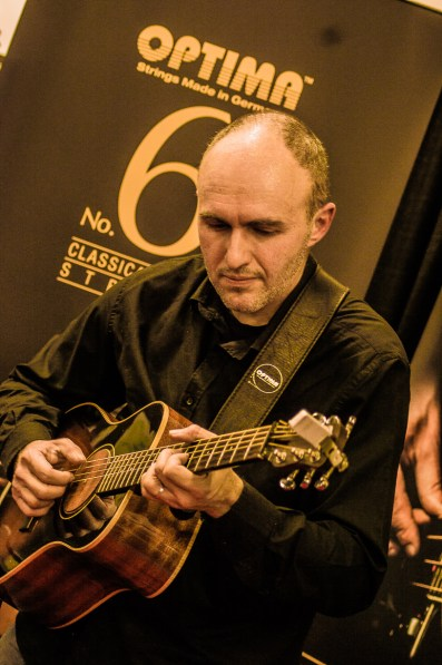 namm2017-day1-performance-at-optima-strings-15