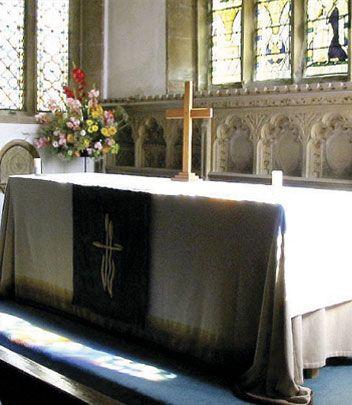 Cristianos  buscan más de Dios ante la crisis moral del Reino Unido