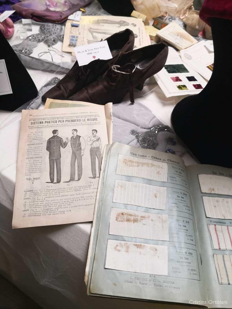 Campionario di tessuti per biancheria e scarpe - collezione C. Ortolani