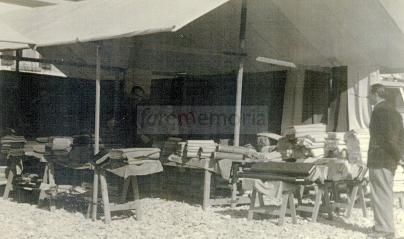Cermatori - Bancarella anni '50, Pesaro