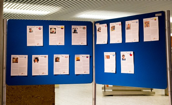 cristinaarce_cristinaphotography_toronto_cityhall_exhibition_hispanic_01