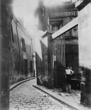 cristinaarce_biography_master_photographer_atget08
