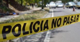 Localizan a hombre muerto en una carretera de Atlapexco