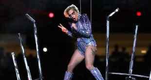 Lady Gaga revela que violación le dejó una enfermedad