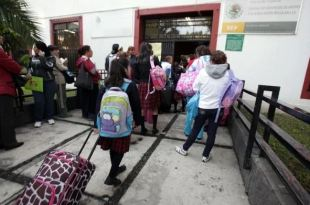 Piden ediles de Pachuca publicación de protocolo para niños en escuelas