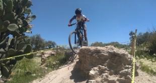 Triunfan ciclistas en Edomex
