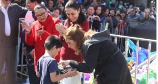 Dan nueva beca a alumnos de preescolar en la Ciudad de México