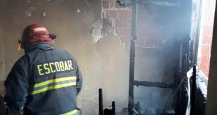Se registra incendio en una casa en Tula de Allende