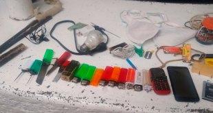 Navajas, celulares, pipas y más, hallados en cárcel de Tizayuca