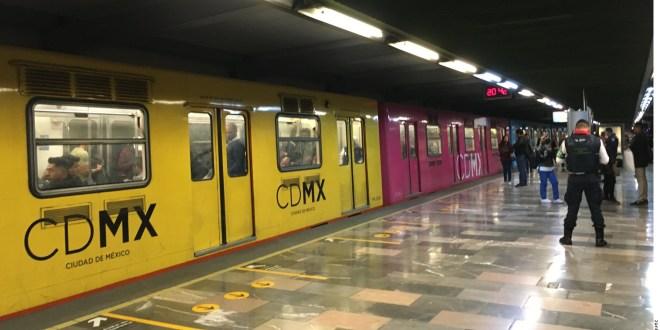 Madre se avienta junto a su hijo de 2 años a vías del Metro y mueren