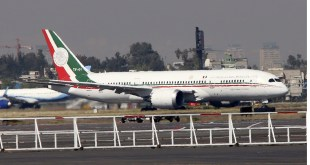 Revela AMLO que hay dos interesados en comprar el avión presidencial
