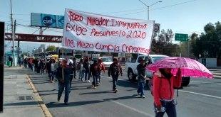 Por segundo día, protestan pobladores en la SCT Hidalgo