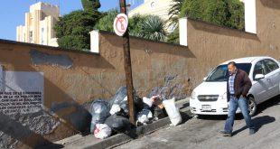 Dejan basura en las calles de Pachuca e ignoran a la presidencia