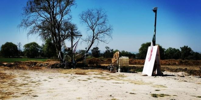 Deudos de víctimas del 18E exigen terminar memorial en Tlahuelilpan