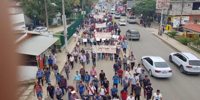 Con marcha, protestan por feminicidio de Mariana en Huejutla