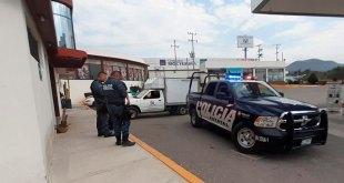 Roban 290 mil pesos a empleado de gasolinera en Ixquimiqulpan