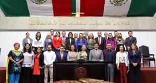 Rinden protesta los sustitutos de 12 diputados chapulines