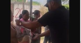 Da delincuencia organizada despensas, ahora en Manzanillo