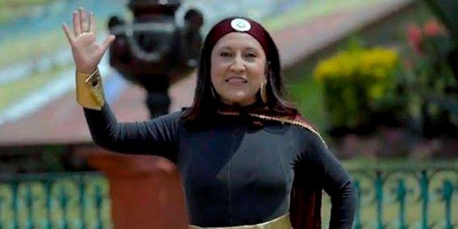 En Metepec, Estado de México,Gabriela Gamboaalcaldesa de la localidad decidió publicar un video con una mujer disfrazada deSusana Distanciay provocar que el pueblo que dirige acate las medidas durante lacontingenciapor elCovid-19.