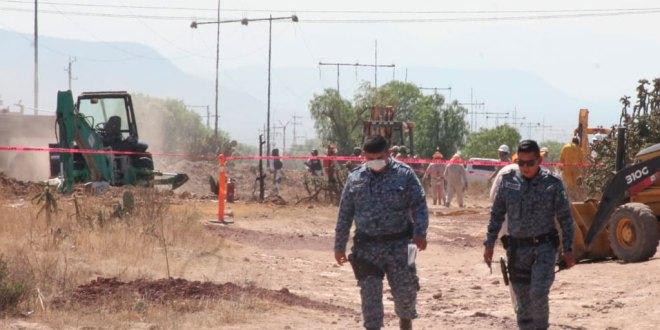 Atienden fuga en ducto de Pemex en San Agustín Tlaxica