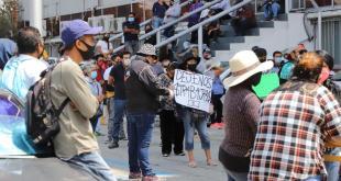 Tianguistas de Mineral de la Reforma se manifiestan; piden trabajar