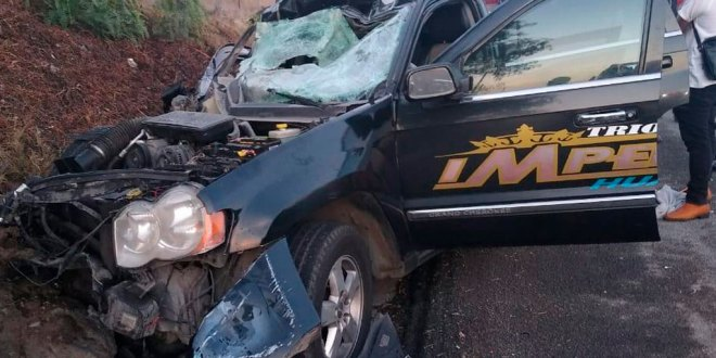 Choca camioneta en la Pachuca-Actopan; hay dos lesionados