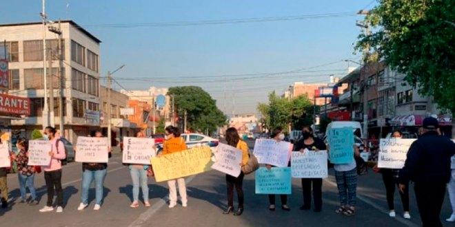 Protesta personal del Hospital en Edomex por falta de insumos