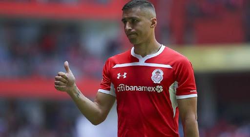 Obligaron a jugador de Toluca a entrenar pese a tener Covid