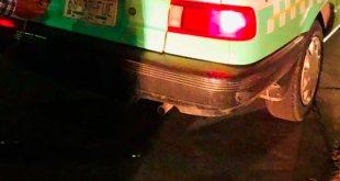 Vinculan pareja asaltar taxi Pachuca