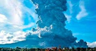 erupción volcán indonesio Sinabung