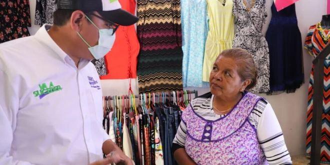 Tavo Magaña se reúne con vecinos de Barrio Alto y Jalpa, en Tula