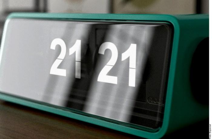 21:21 horas - 21 días - año 2021 - siglo 21