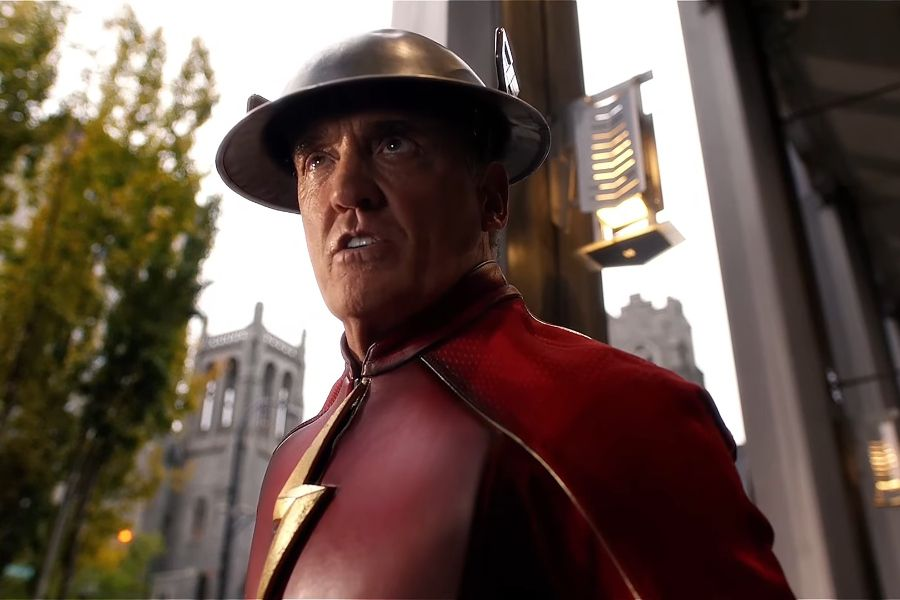 John Wesley Shipp divulga traje do Flash para Stargirl - Critical Room