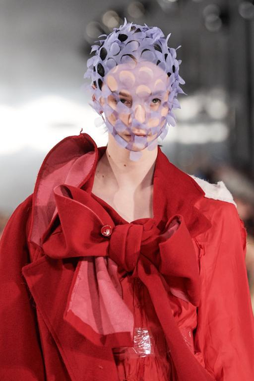 A máscara vai virar um item da nossa vestimenta a partir de agora?