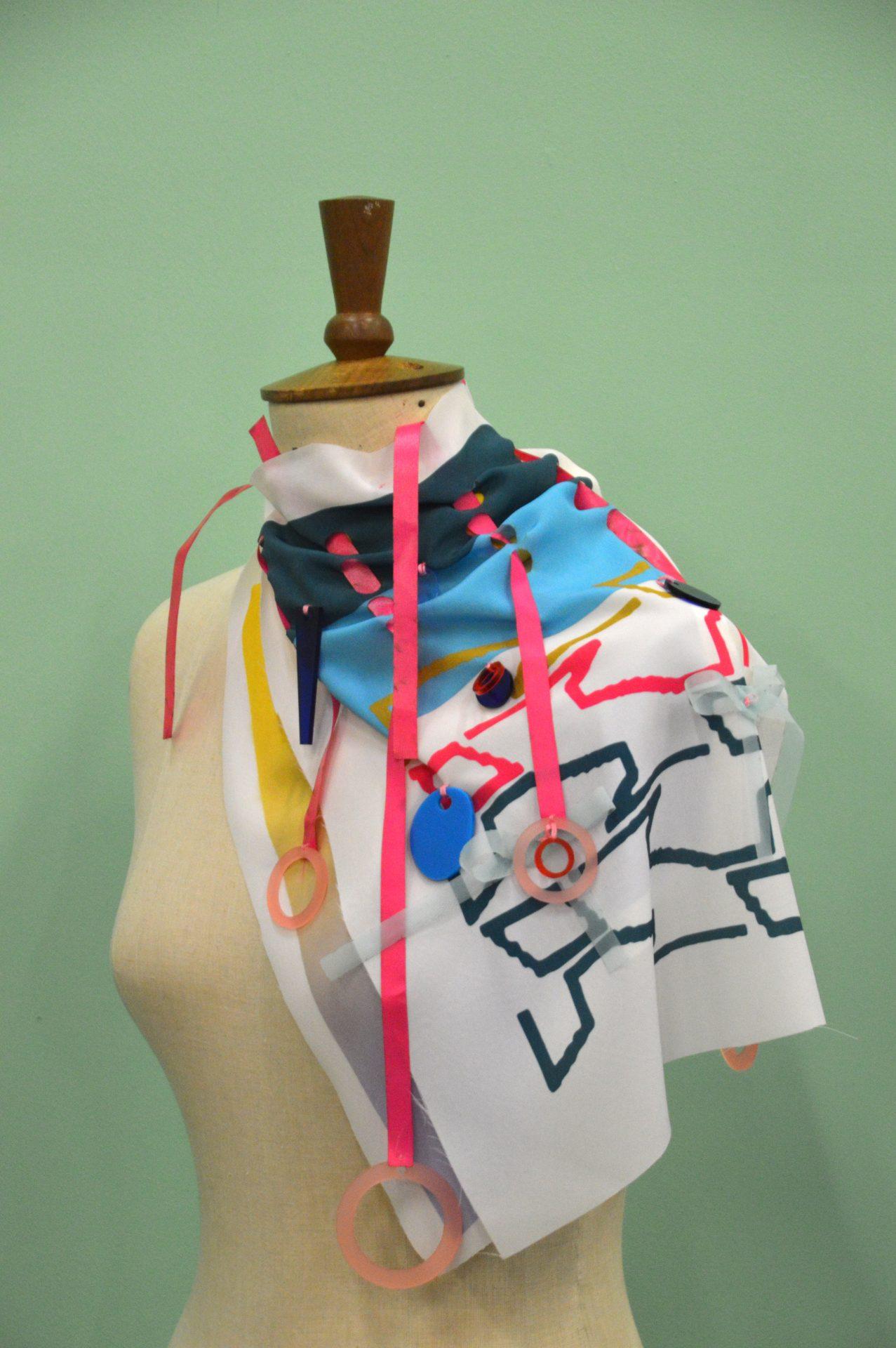 Textile piece made in a masterclass.