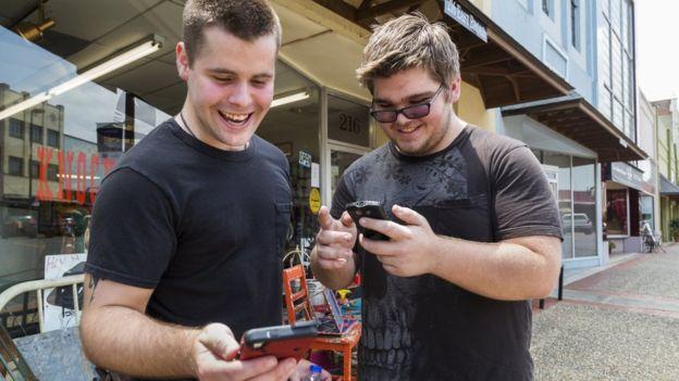 Estos hermanos admiten que nunca habían visitado el centro de su ciudad por placer hasta que descargaron Pokémon Go.