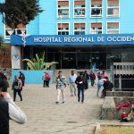 A partir de este jueves solo dos personas podrán ingresar a visitar a sus pacientes al HRO. (Foto: Carlos Ventura)